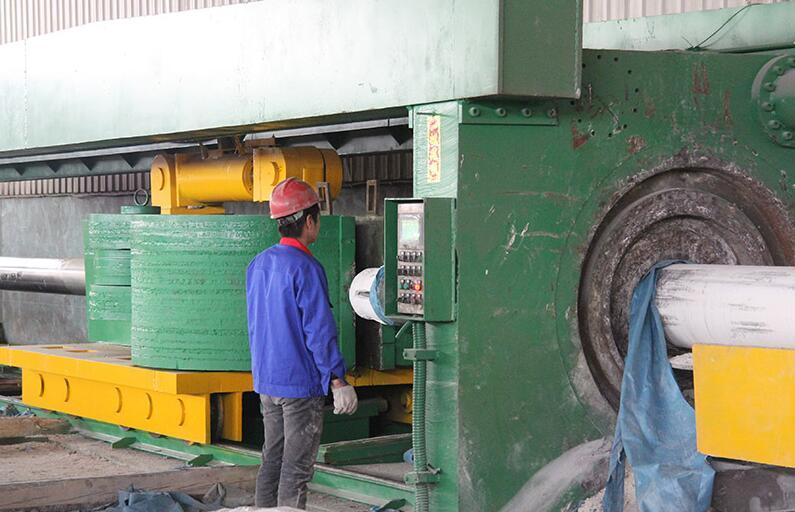 浙江益大特钢专业生产特大口径不锈钢无缝管,最大外径可做1400mm(图3)